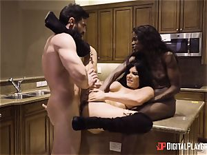 Romi Rain and Ana Foxxx cunny nailing 3