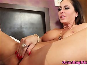 big-titted lesbo toys g/g stunner