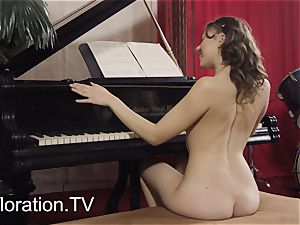 cherry audition of Danu Nebudu and a teasing play