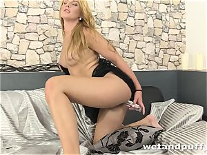mind-blowing lengthy haired ash-blonde loves pissing