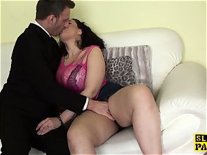 curvaceous brit fingerfucked tough after oral