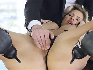 extraordinaire cougar Savanna Styles has big boner plunged down her big-titted rectum