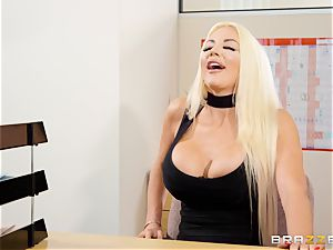 Nicolette Shea gets her concentration probed in this red-hot interview