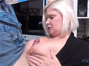 steaming milf Lacey Starr manhood throating