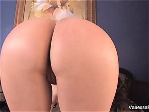 domina Vanessa tells you to jack off and spunk