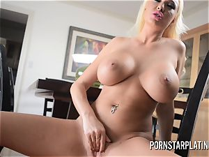 large titty light-haired cougar Summer Brielle plays with her vulva