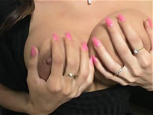 Roxanne Milana on ebony do couch finger squirting