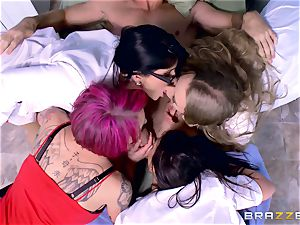 crazy polyclinic group fuckfest with Nicole Aniston and her friends